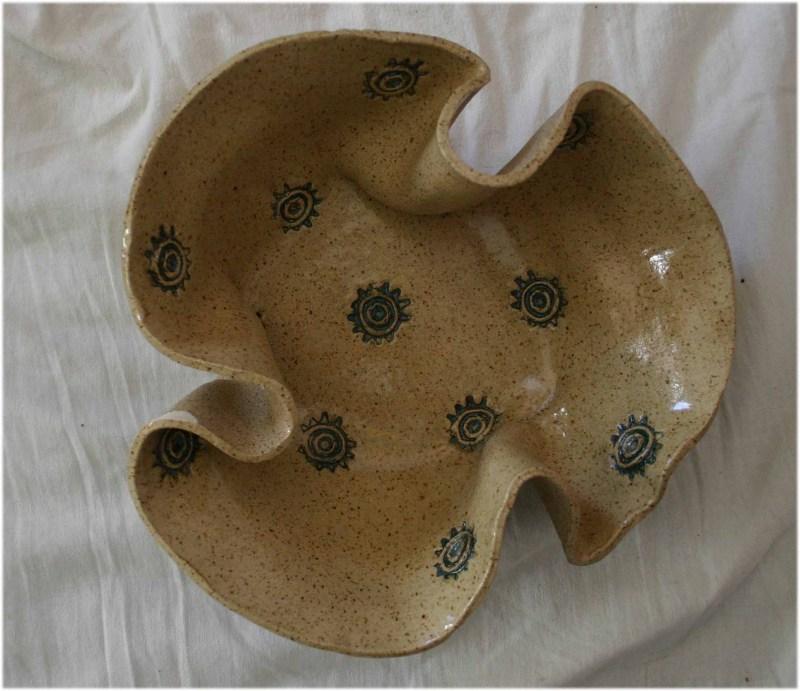 wavy bowl large
